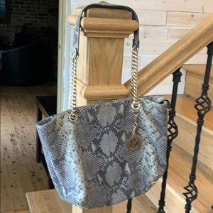 Michael Kors Sholder Handbag
